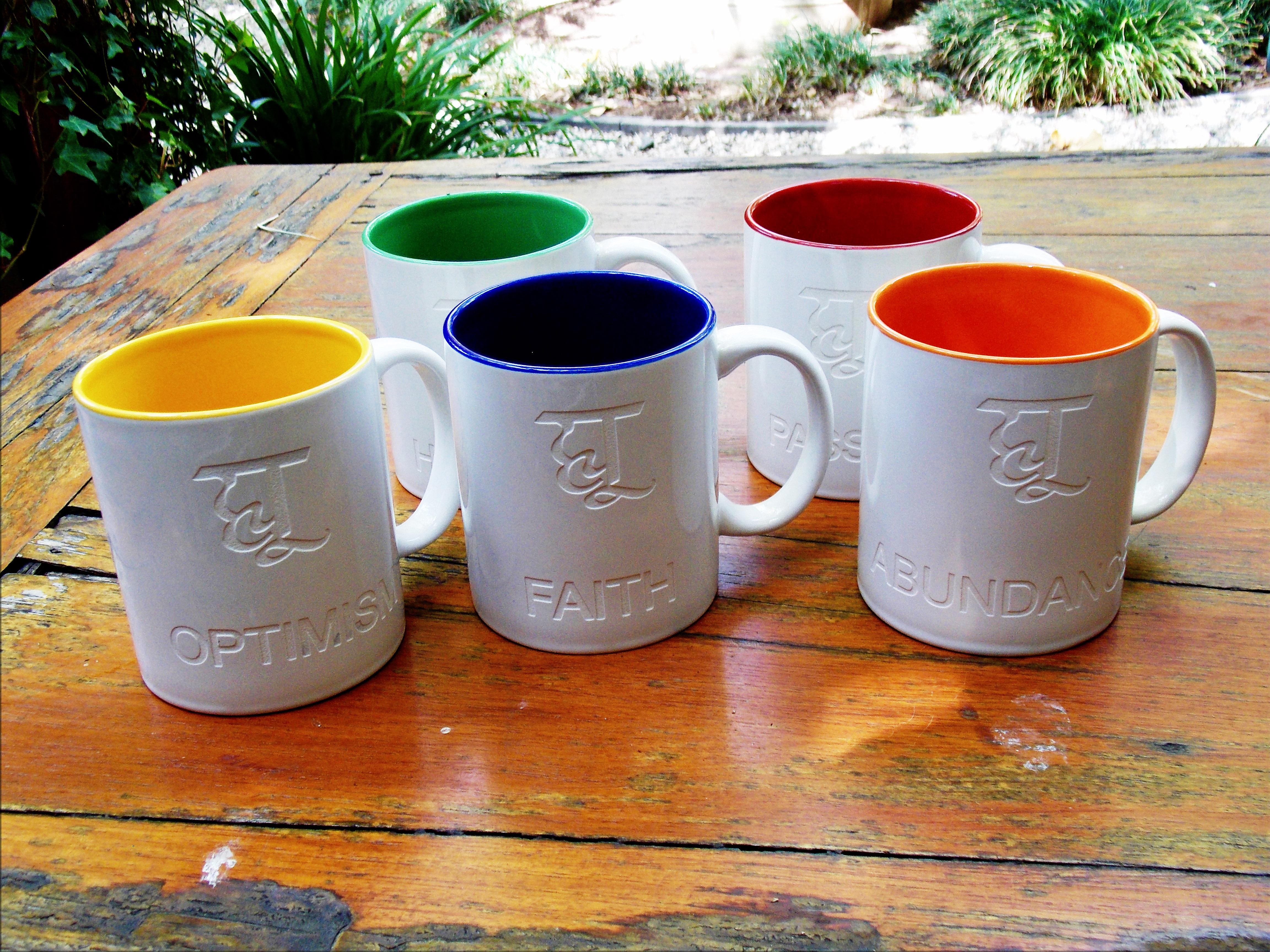 Hu Color Ceramic Accent Mug